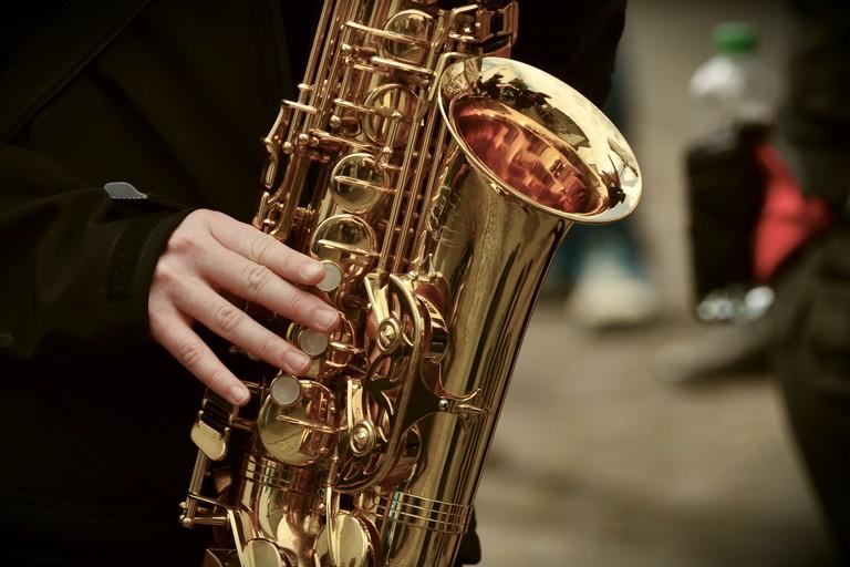 saxophone-3246650_1920
