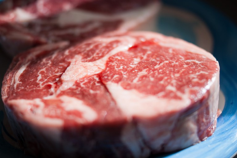 Cut of steak © Taryn / Flickr