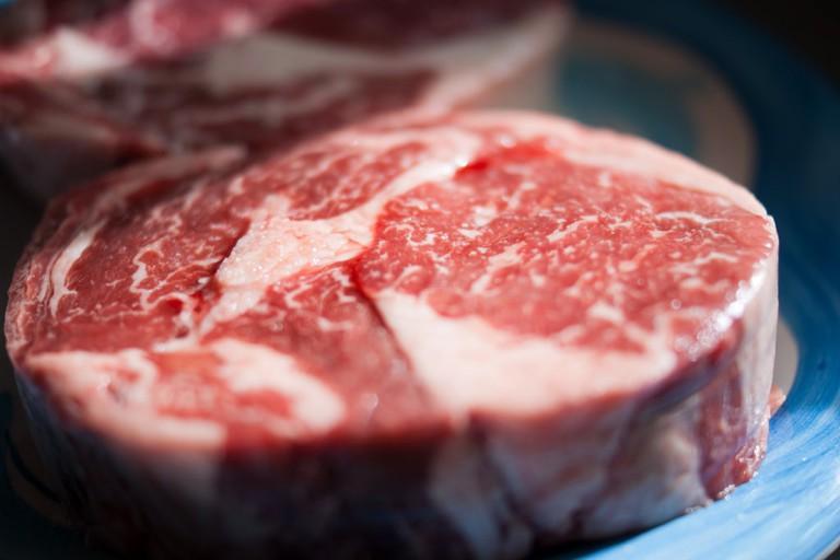 Cut of steak © Taryn / Flickr
