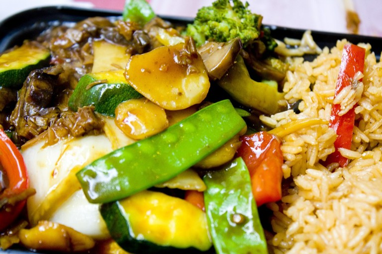 sweet_and_sour_chicken_dinner_chinese_chicken_food_sauce_sour_meal-1051093
