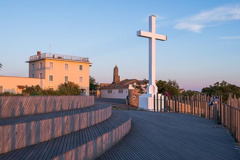 1024px-Croix_du_Mont_Saint-Clair,_Sète,_Hérault