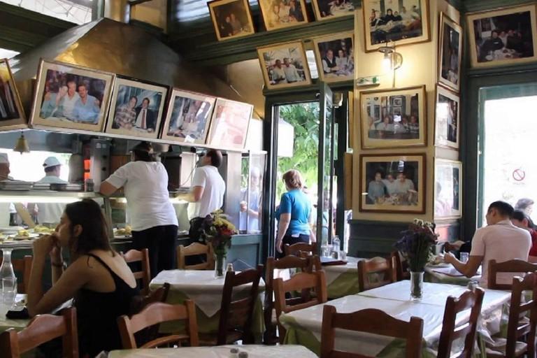 Inside Bairaktaris restaurant, in Monastiraki