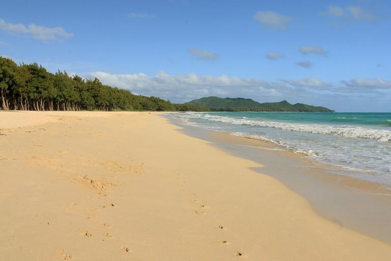 Waimanalo Bay and the Mokulua Islands