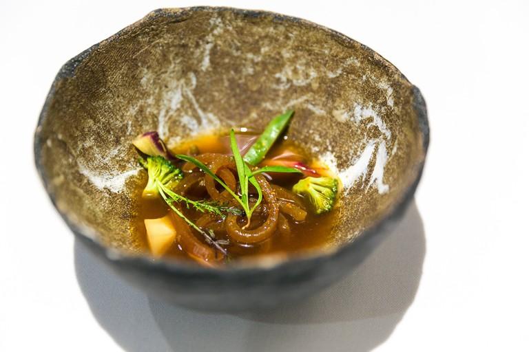 Pork noodles with vegetables © City Foodsters
