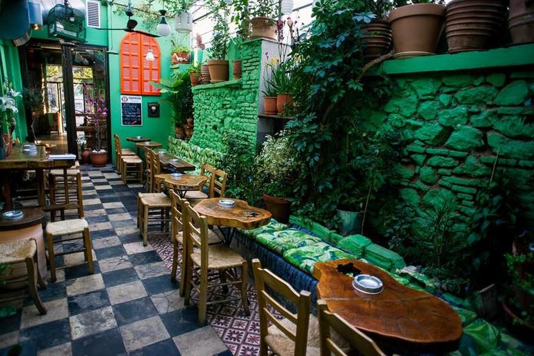 Kerameio Bar in Metaxourgeio
