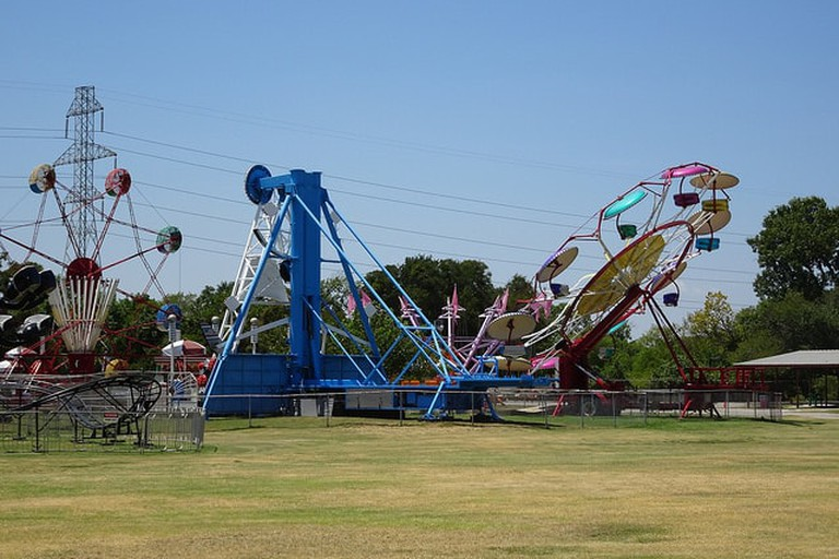 Sandy Lake Amusement Park has great carnival-like rides for families