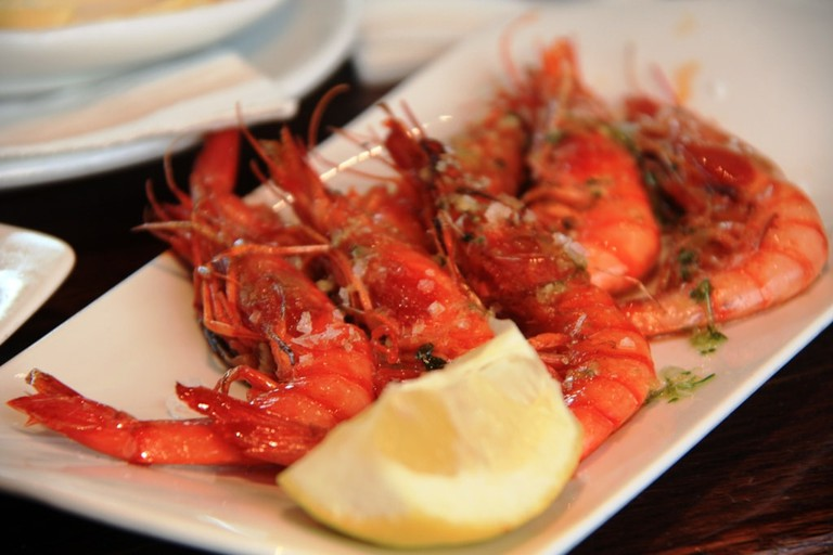 Grilled red prawns at the Cercería Catalana © Javier Lastras
