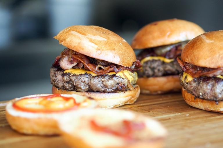 burger-731298_1920