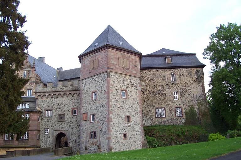 edmond-castle-97748_960_720