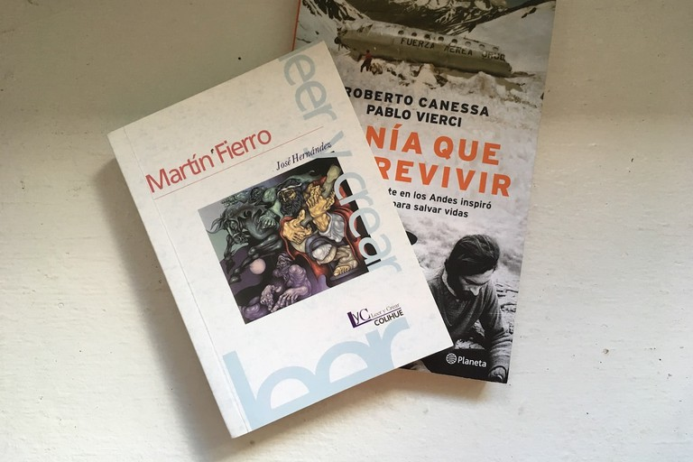El Atril sells both new and used books
