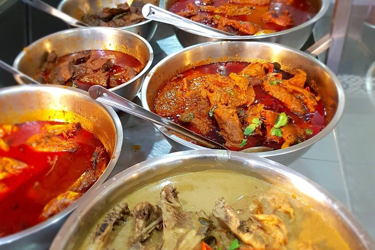 Variety of Curries at Hameediyah