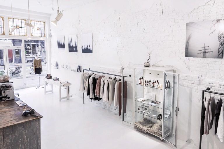 Interior_Cathelijne vd Lande_shop overview concept
