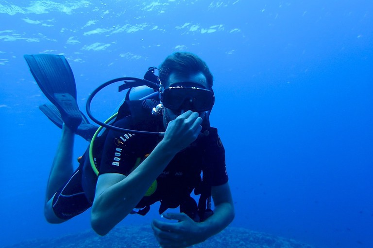 diving school perhentian