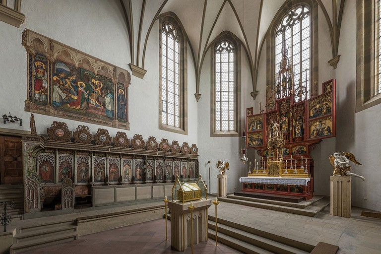 St._Burkard,_Würzburg,_Choir_and_Altar_20150729_4