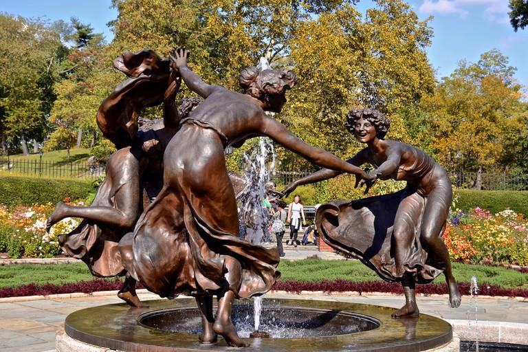 Three Dancing Maidens