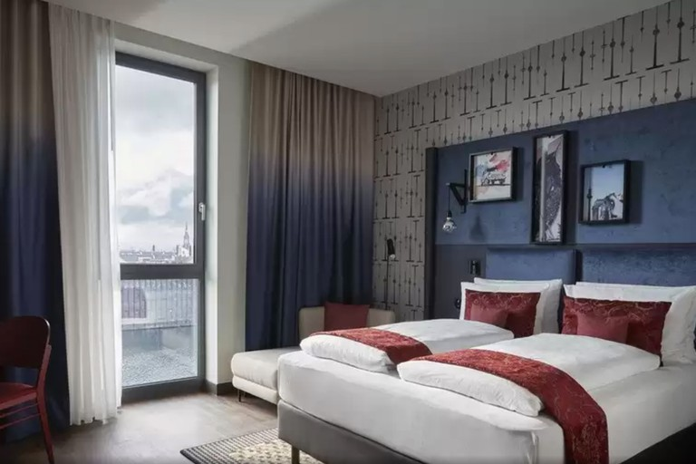 Hotel Indigo – East Side Gallery