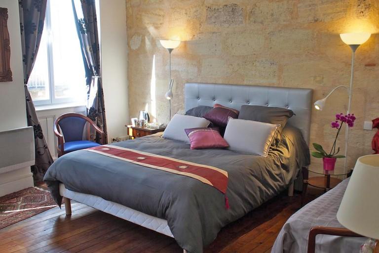 Guest room at Les Chambres d'Art