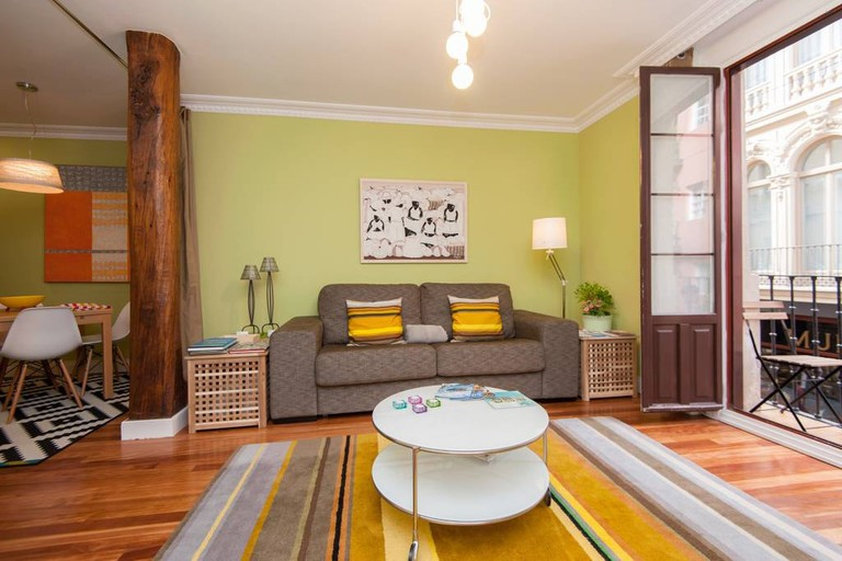 Airbnb Casco Viejo apartment, Bilbao