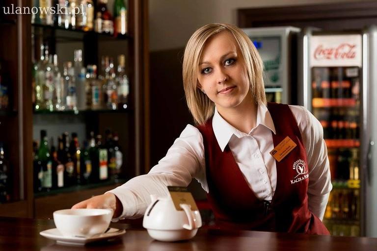 Welcoming Staff at Hotel Tęczowy Młyn, Kielce | © Hotel Tęczowy Młyn