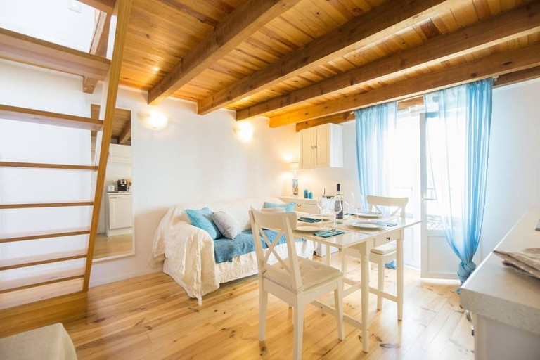 Living room at Alfama