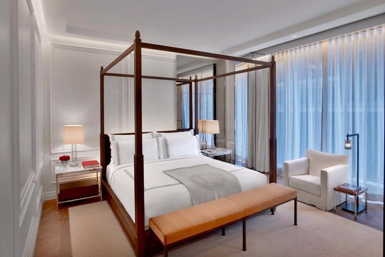 Baccarat Hotel, Diamond District