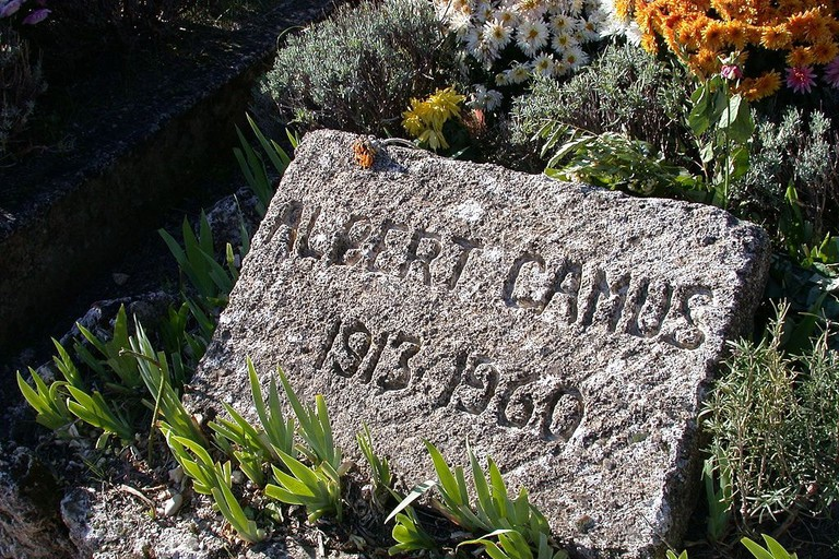 Albert Camus lived and is buried in Lourmarin | © wpopp / WikiCommons