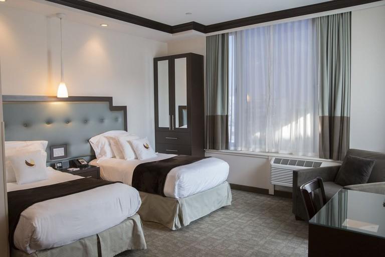 https://www.expedia.com/New-York-Hotels-Condor-Hotel.h4161563.Hotel-Information?chkin=7%2F11%2F2018&chkout=7%2F12%2F2018&rm1=a2&hwrqCacheKey=c4bce881-867c-42be-b4a0-34771329bf46HWRQ1531339207314&cancellable=false&regionId=177851&vip=false&c=1367f18c-9c3a-4eb5-9f5b-bc50d686b995&&exp_dp=251.1&exp_ts=1531339207940&exp_curr=USD&swpToggleOn=false&exp_pg=HSR