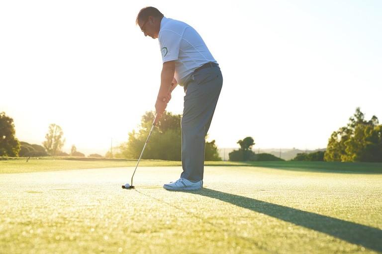 https://pixabay.com/en/golf-golftips-golfvideo-sports-2658119/