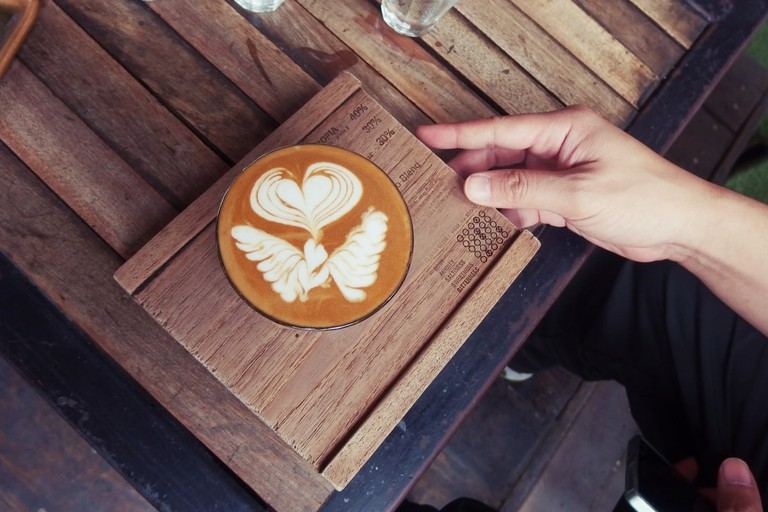 cafes and coffee shops kuching