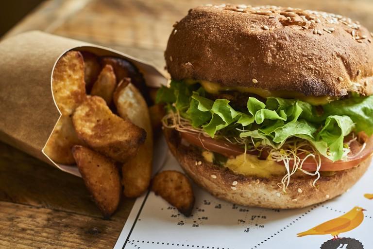 Hank Burger Lyon