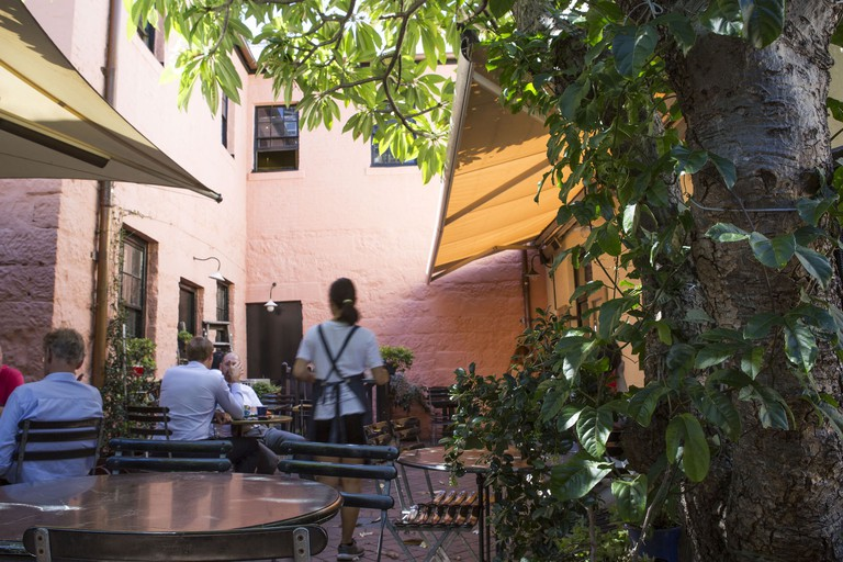 La Renaissance courtyard © La Renaissance