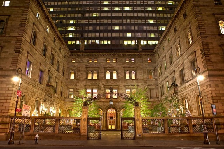 Visit the Lotte New York Palace for the best luxury hotel in Midtown