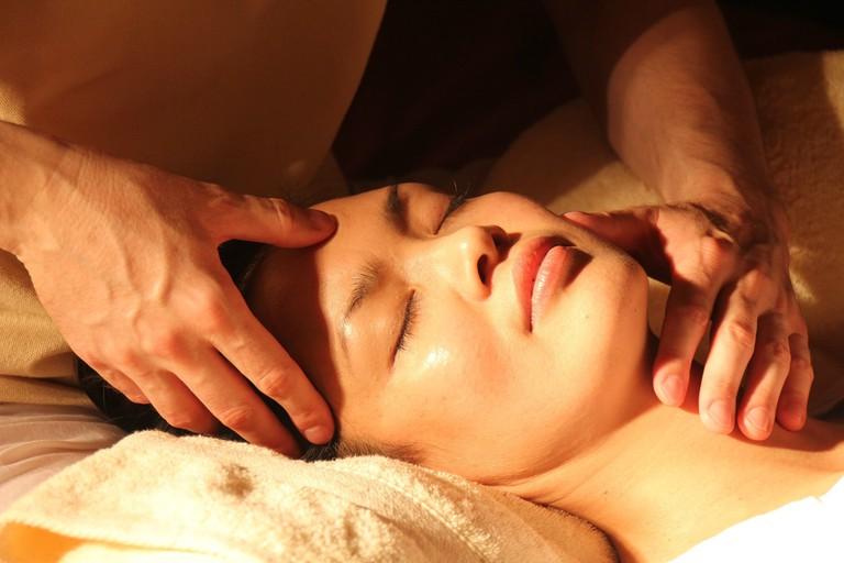 massage-1929064_1920 (1)
