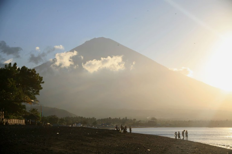 mount agung from Amed beach