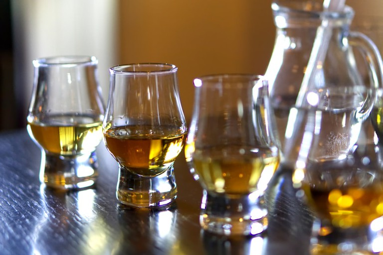 Flight of whiskies