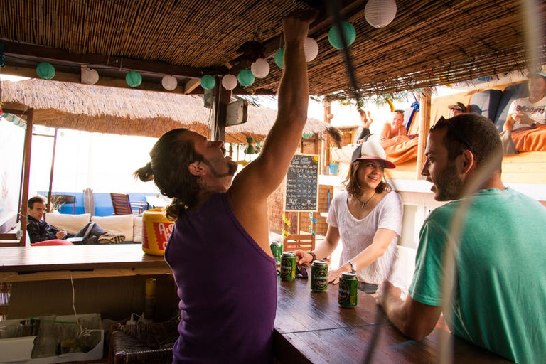 La Ventana Azul Surf Hostel Gran Canaria is situated on the northwestern tip of the island