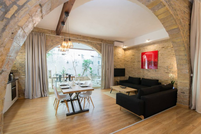 LOFT 4PAX in Sitges center (30km from Barcelona)