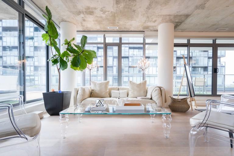 Luxury Loft King West