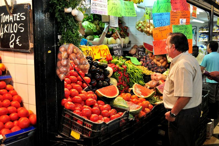 800px-Mercado_Central_Jerez_Fruta