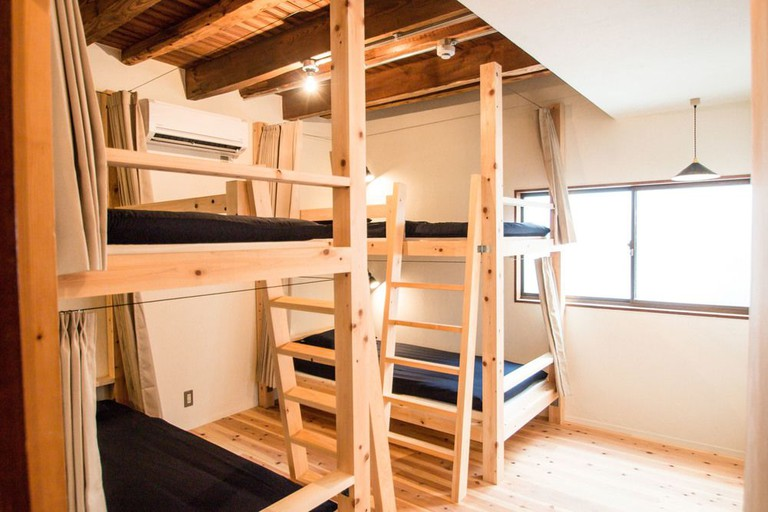 Hostel LNK (Lodging and Kin)