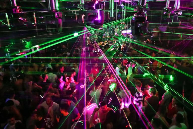 Arq nightclub dancefloor © Gazzarazzi Photography / Arq Sydney