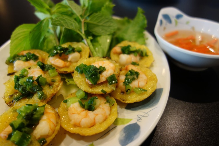 Bánh khọt © kennejima / Flickr