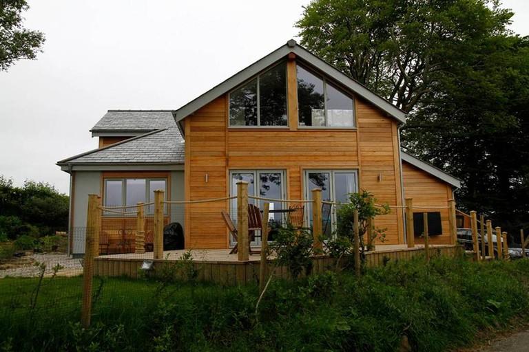 contemporary-home-dartmoor-airbnb-1024x683