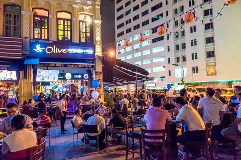 The crowd at Olive Kitchen and Bar