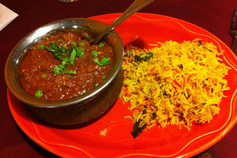 Vegetarian curry and rice