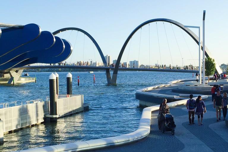 Elizabeth Quay in Perth © Mark Pegrum / Flickr