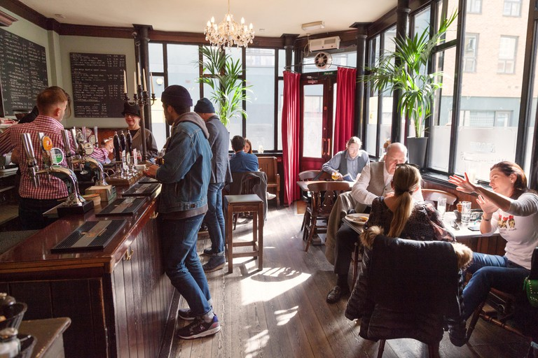 The Carpenters Arms pub, Spitalfields, East End London