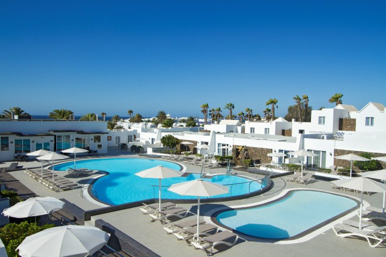 The apartments at Nautilus Lanzarote are set around a lagoon-like swimming pool