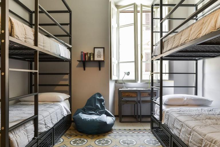 Yellow Hostel, Rome