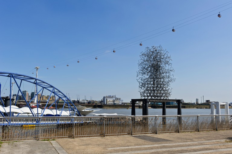 'Quantum Cloud' wire sculpture by Anthony Gormley